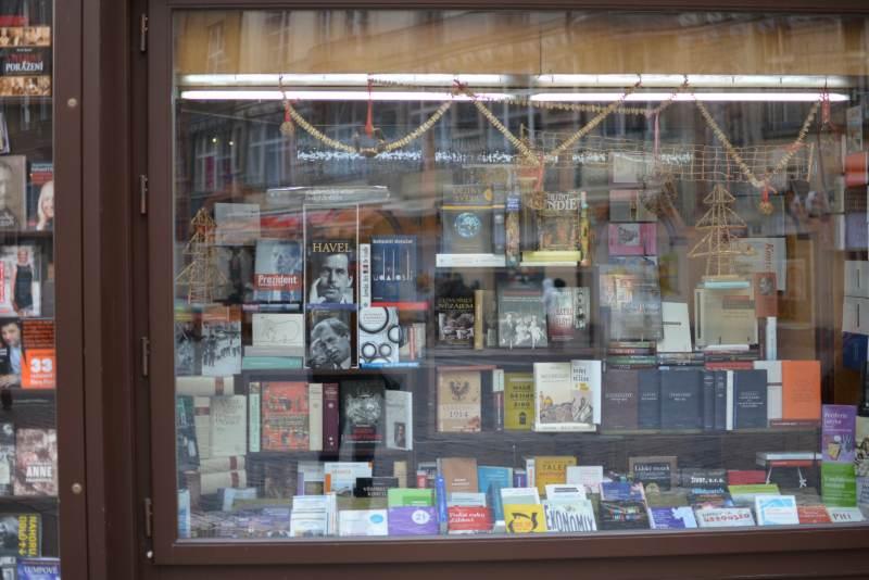 Witryna w czeskiej księgarni