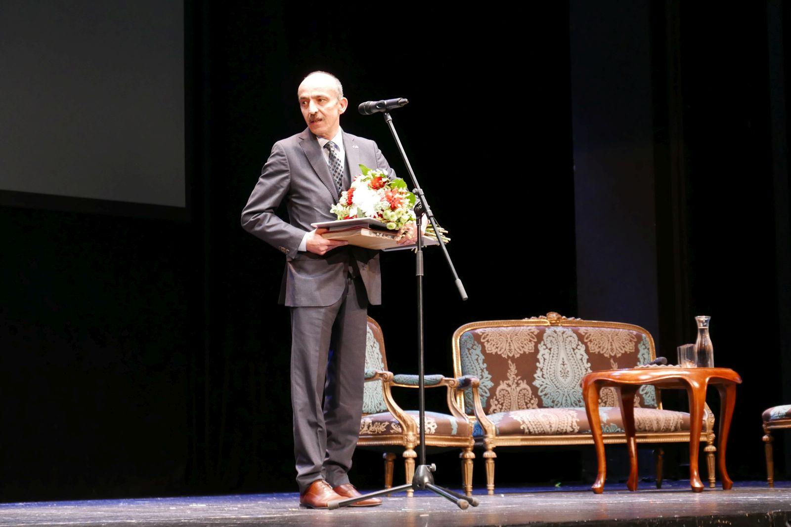 dr Osman Firat Bas