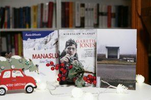 Prezentownik na święta: 7 książek, które warto podarować bliskim pod choinkę